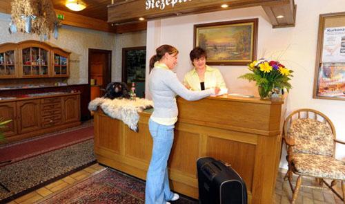 Hotel Schnehagen Rezeption